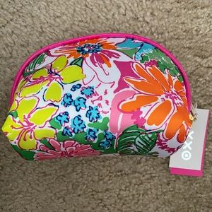 NWT Lilly Pulitzer Cosmetics Case